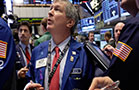 Futures Point to Flat Open; Deere, Kohl's Downgraded